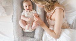 Veilig slapen in een babynestje - baby