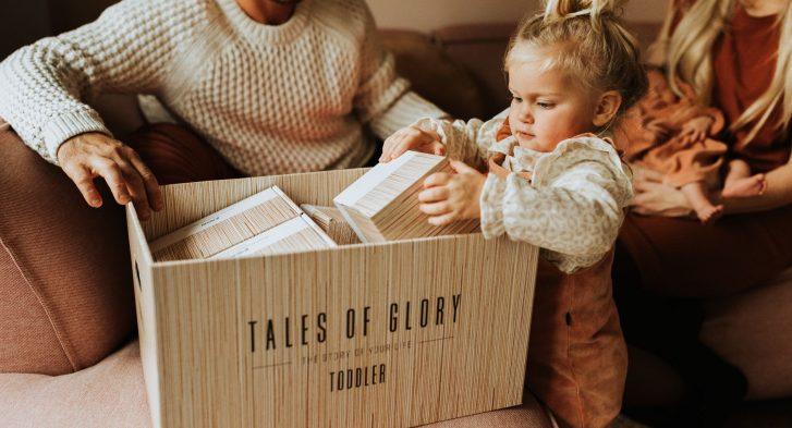Bewaar alle herinneringen van je kleuter en peuter in deze mooie bewaardoos. Een veilige plek voor alle eerste spulletjes van je kind.