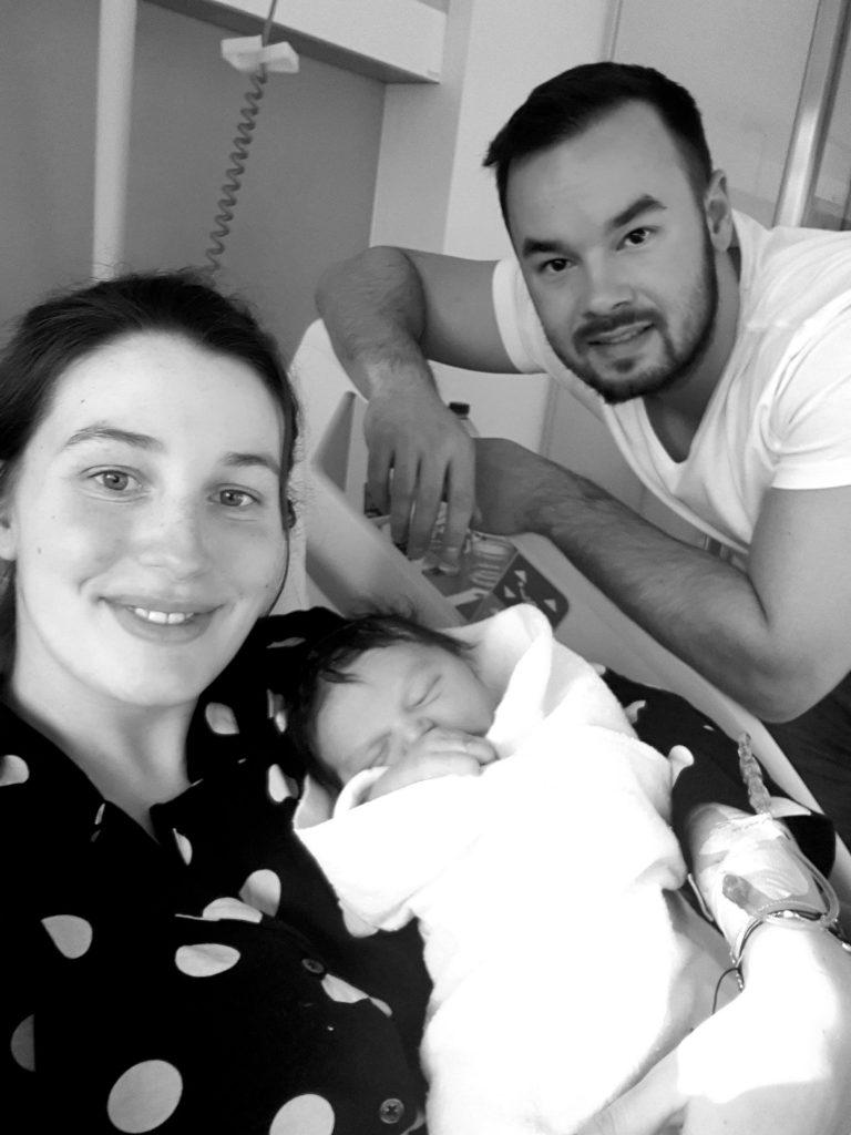 lockdownbaby bevallen tijdens corona ervaring verhaal
