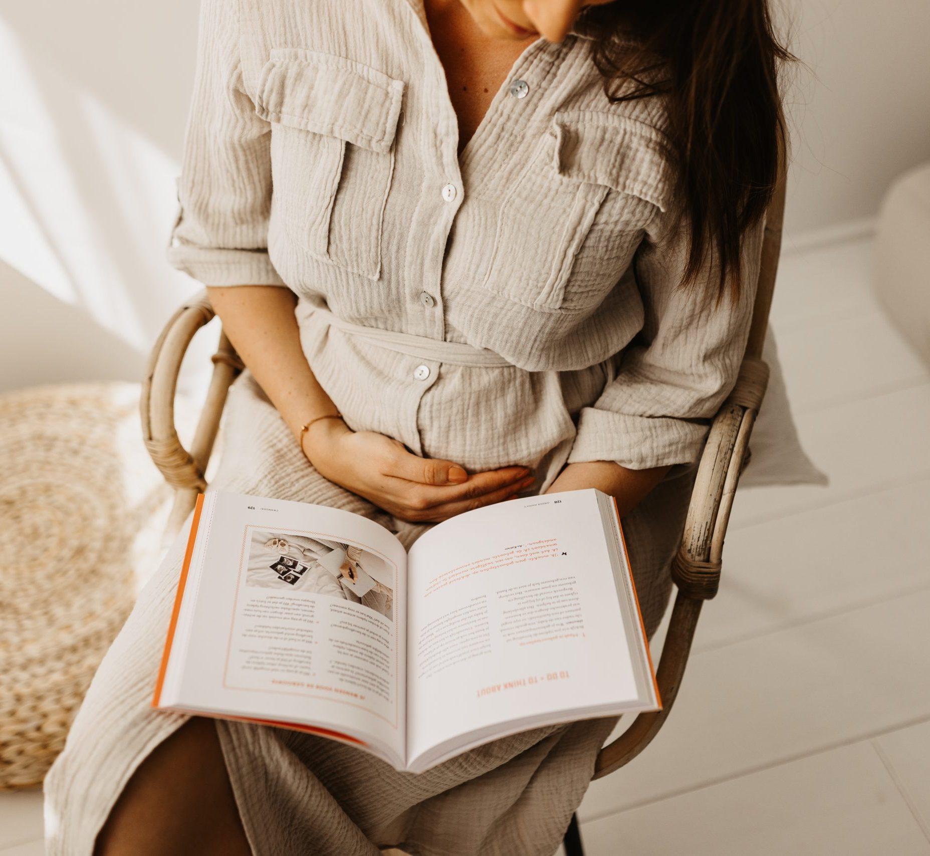 onder mama's mamaboek sonia pypaert zwangerschapsgids